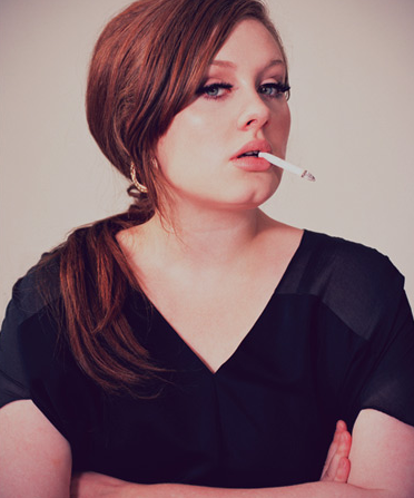 Adele anuleaza concerte in UK
