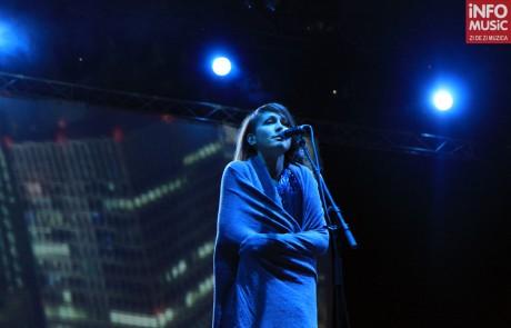 Lamb (Lou Rhodes) in concert la B'Estfest 2011 (02.07.2011 / foto: infomusic.ro)