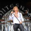 "Whitesnake lansează albumul ""Flesh & Blood"" și pleacă în turneu"