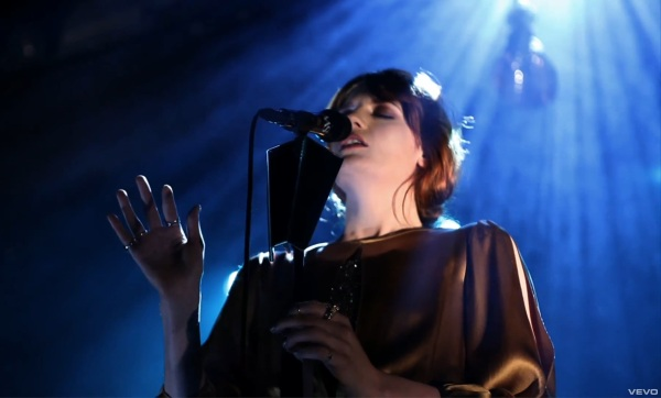 FLORENCE AND THE MACHINE - LOVER TO LOVER