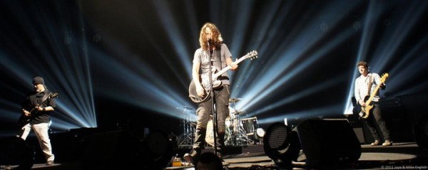 Soundgarden, live in Londra (credit foto: Jaye & Mike English, http://mjenglish.smugmug.com/Soundgarden)