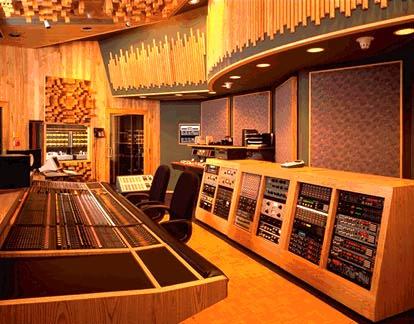Studio City Studios (sursa foto audiocircle.com)