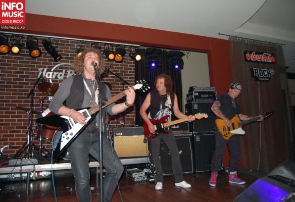 Concert T-Rex la Hard Rock Cafe, 29 martie 2012. Manfellow in deschidere