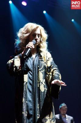Lara Fabian concertând la București