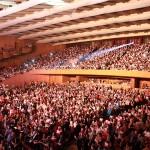 Un public de inimi la concertul Lara Fabian