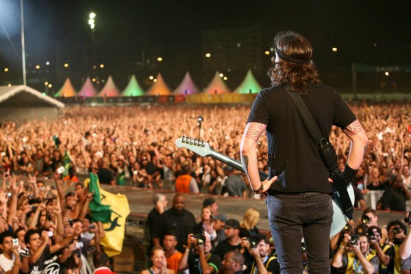 Foo Fighters la Lollapalooza Brasil pe 7 aprilie 2012 Foto: Cambria Harkey