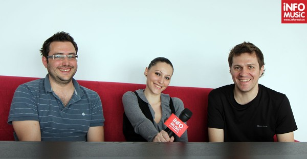 Dan Byron și Costin Oprea (byron) alături de Alexandra Necula (InfoMusic.ro)