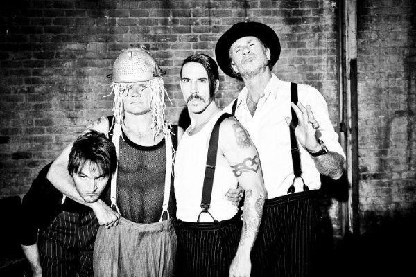 Red-Hot-Chilli-Peppers-