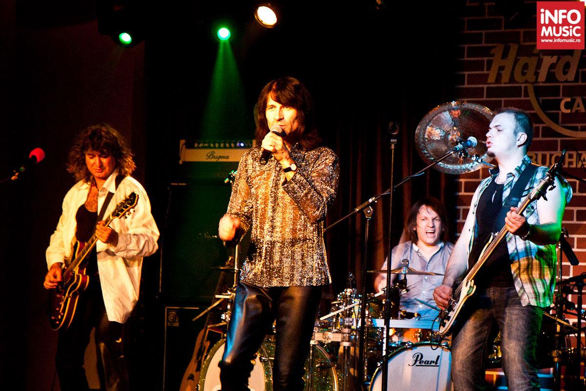 Trupa Sarmalele Reci in concert la Hard Rock Cafe