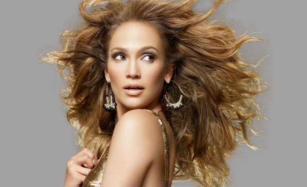 Jennifer Lopez așteptată în România în septembrie 2012