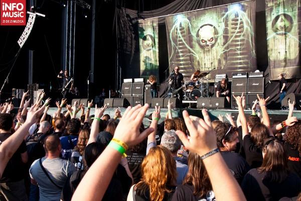Publicul la concertul Overkill - prima zi OST Fest 2012