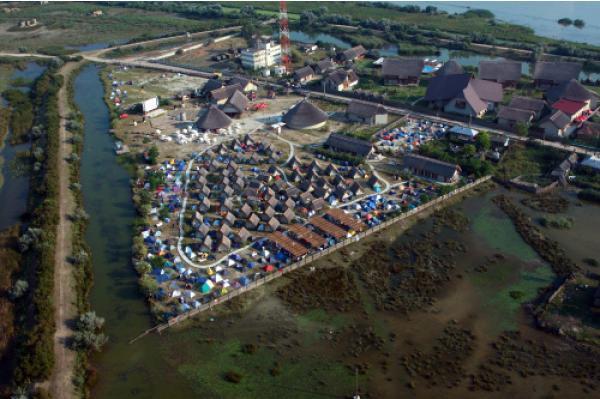 Complexul Delfinul din Sfântu Gheorghe