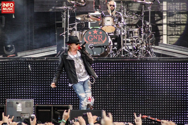 Axl Rose in concert la Rock the City 2012