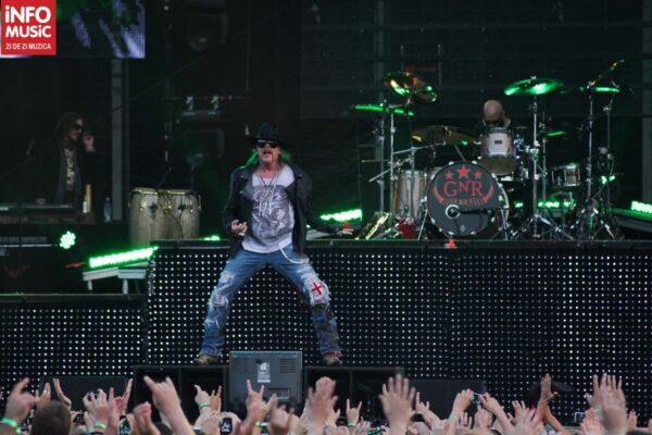 Axl Roses, într-o formă bună în concertul de la Rock The City 2012, București