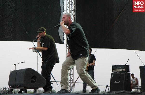Paraziții la B'Estfest 2012