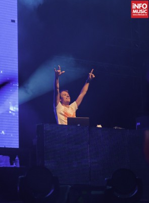 Armin van Buuren la Dance Weekend 2012