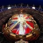 Imaginea aeriană a Arenei Olimpice din Londra, stadionul ilustrând steagul britanic