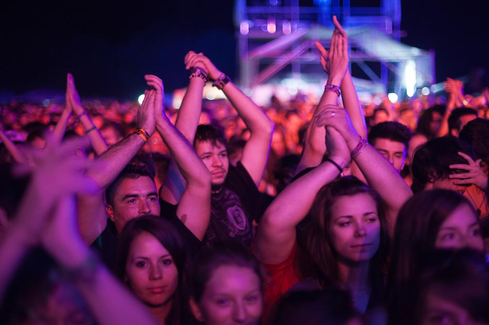 Publicul festivalului Peninsula 2012 la concertul Straits
