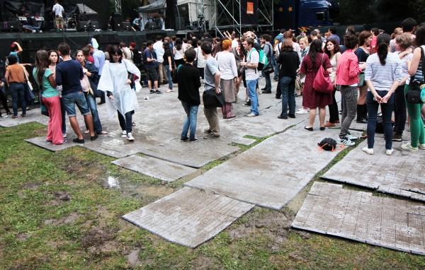 Ploaia a afectat Summer Well 2012. Cea de-a doua zi de festival nu se mai ține.