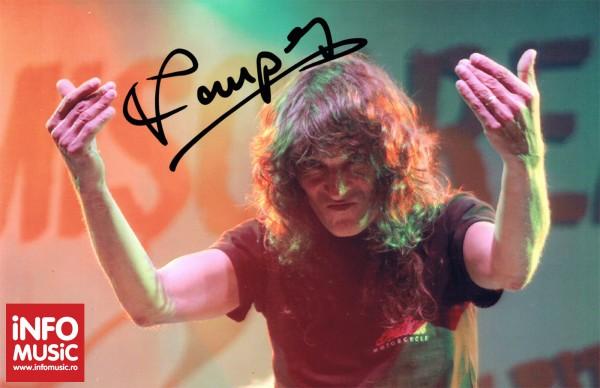 Autograf Kempes - Rezident EX