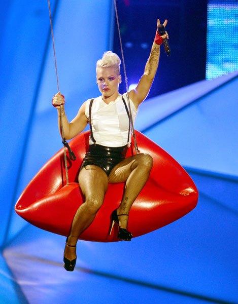 Pink pe scena VMA 2012