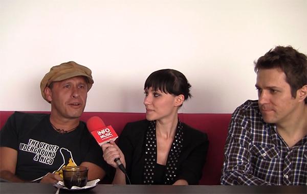 Oigan de la KUMM și Dan Byron alaturi de Alxandra Necula in interviu pentru InfoMusic