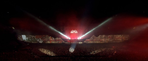 Roger Waters - The Wall - ARENA 2012