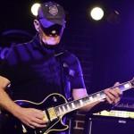 Jan Akkerman in concert la Hard Rock Cafe Bucuresti pe 23 noiembrie 2012