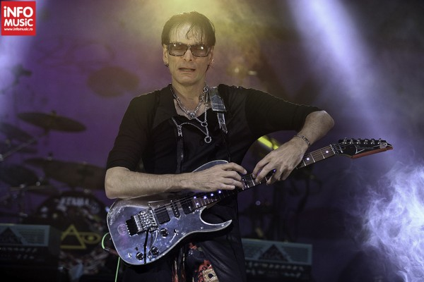 Steve Vai in concert la Bucuresti 2012