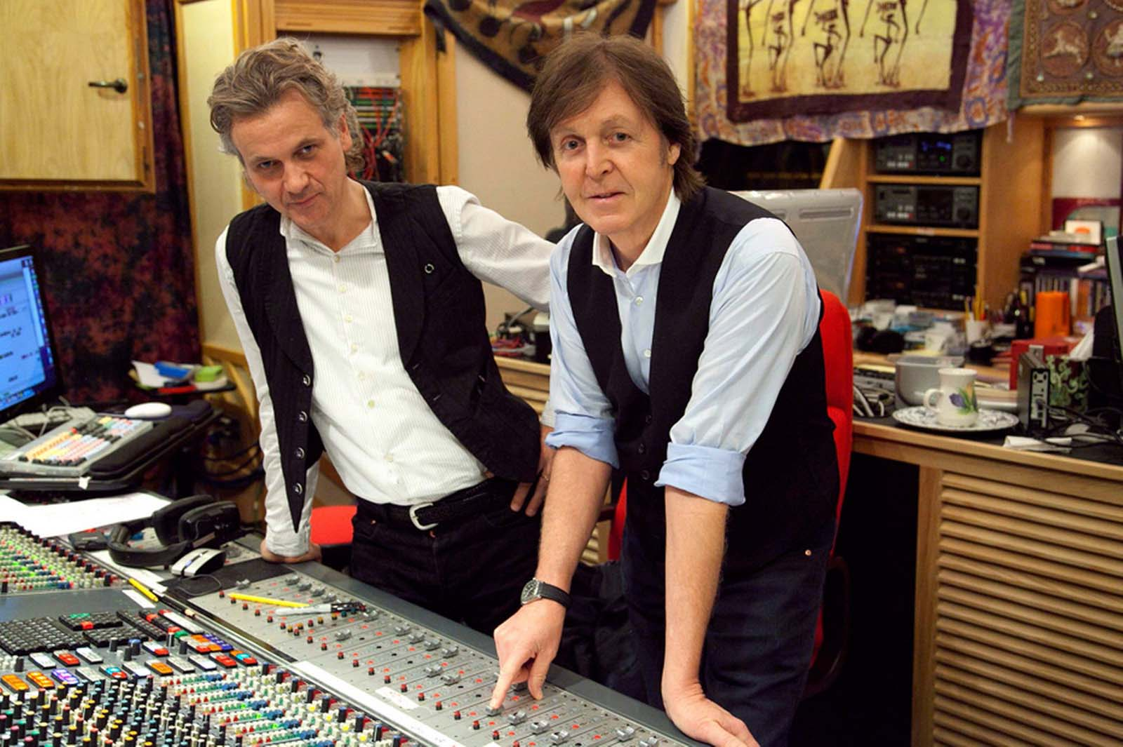 Paul McCartney in studioul de inregistrari
