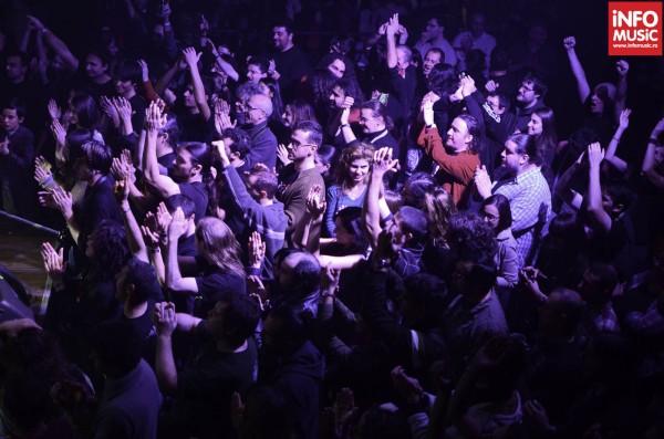 Publicul a sarbatorit aniversarea trupei Celelalte Cuvinte in Chaos Venue