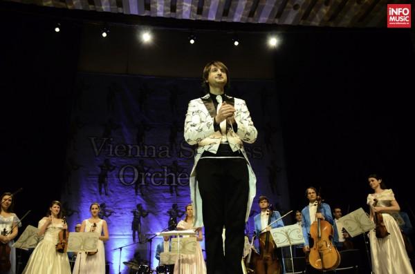 Edvin Marton & Vienna Strauss Orchestra in spectacolul Crăciun Vienez