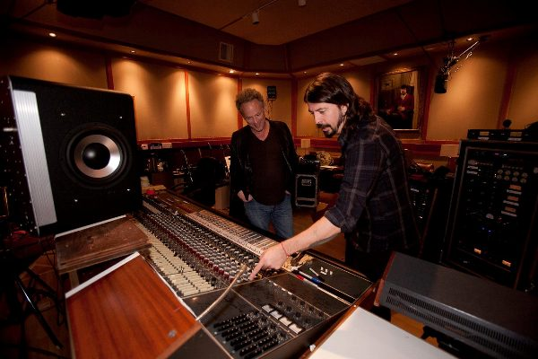 Dave Grohl (Foo Fighters) la filmările documentarului Sound City Studio