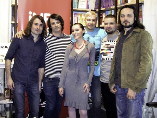 Trupa Alternosfera și Alexandra Necula (InfoMusic)