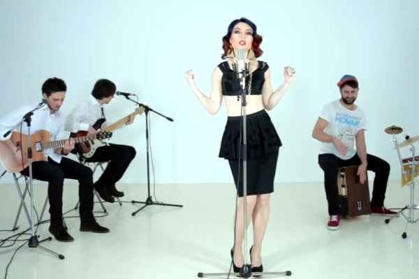"Crush & Alexandra Ungureanu - ""Nu am aripi"" Video Acustic"