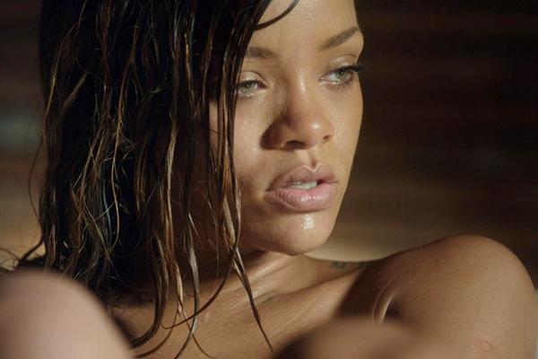 "Secvență clip Rihanna - ""Stay"""