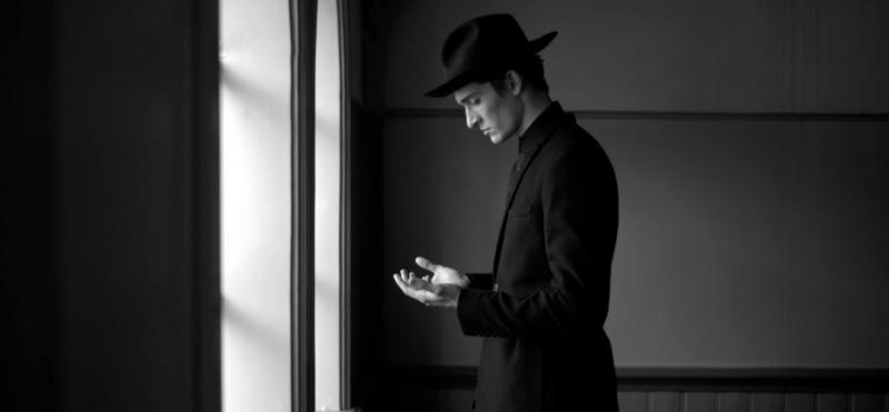 Secvență din videoclipul Woodkid - I Love You