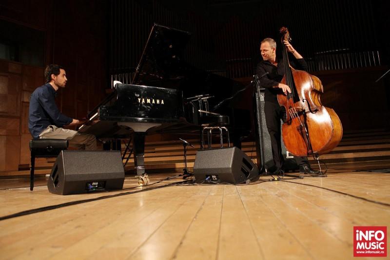 Pianistul Nitai Hershkovits alaturi de Avishai Cohen in concert la Sala Radio pe 25 aprilie 2013