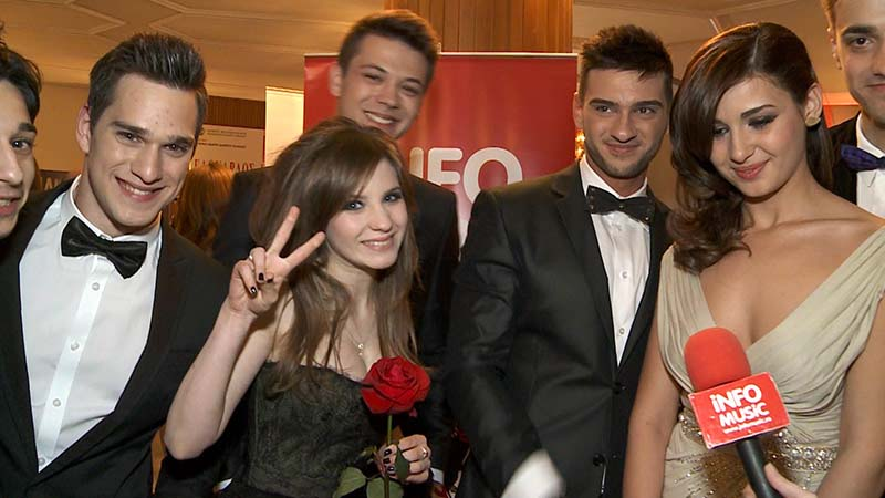 Interviu LALA BAND la InfoMusic.ro (Vlad, Criss, Dorian, Alina, Liviu, Rapha)