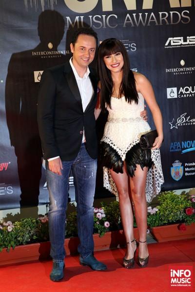 Andra si Catalin Maruta - Poze pe covorul rosul la On Air Music Awards 2013
