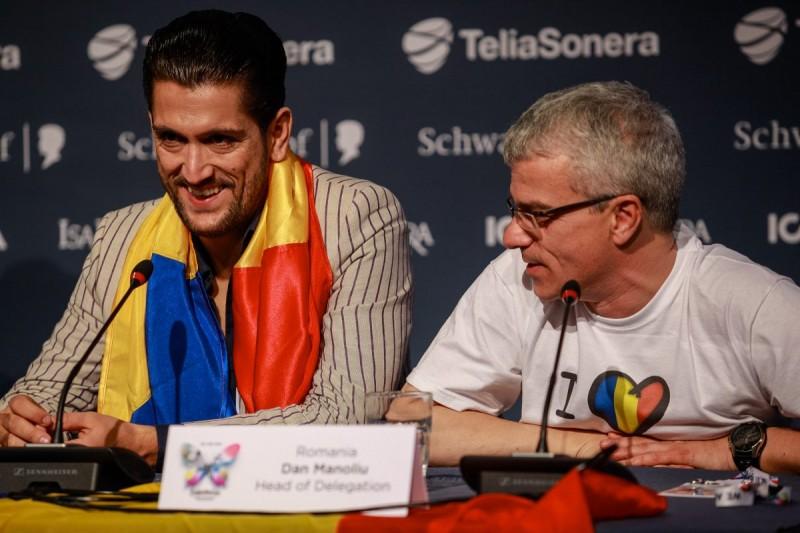 Cezar Ouatu și Dan Manoliu în conferința de presă după cea de-a doua semifinală Eurovision 2013