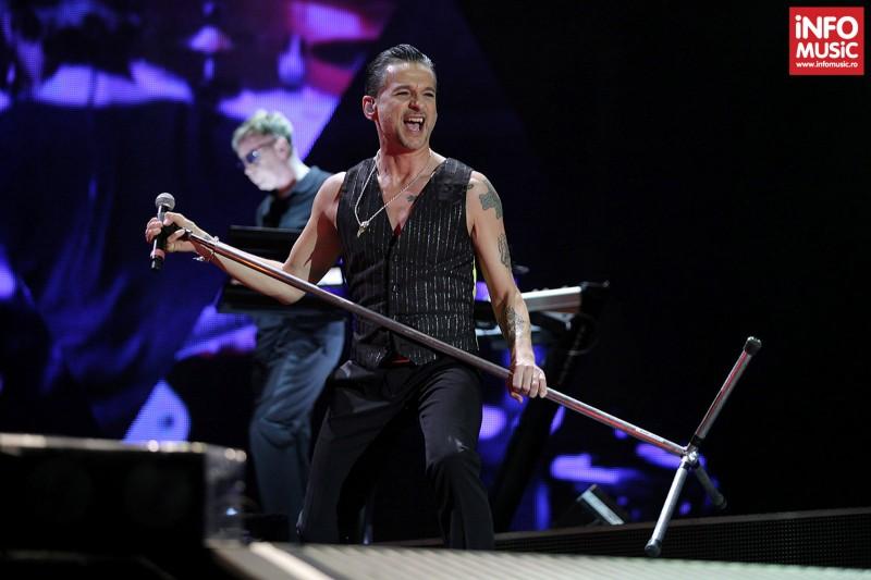Dave Gahan - Concert Depeche Mode pe Arena Nationala - 15 mai 2013