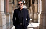 "George Michael a lansat ""Feeling Good"" – VIDEOCLIP"