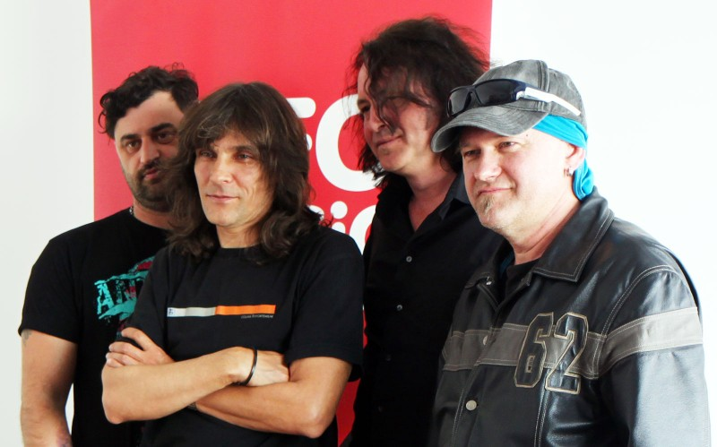 O parte din Rezident Ex la InfoMusic.ro: Florin Cvasa, Ovidiu Ioncu Kempes, Christian Podratzky și Tavi Iepan