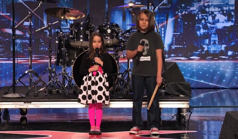 Aaralyn și fratele său Izzy au interpretat la America's Got Talent o piesă black metal