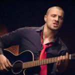Secventa din videoclipul Pavel Stratan - Tango