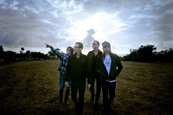 Stone Temple Pilots cu Chester Bennington la voce