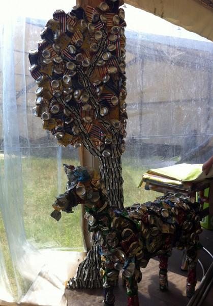 Obiecte create din doze de aluminiu - Green Village la B'Estefst 2013