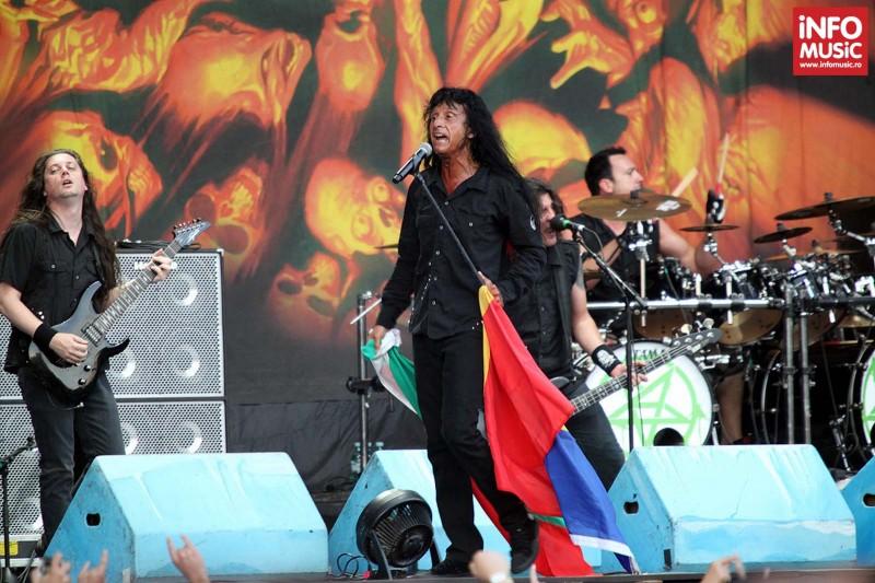 Anthrax în concert la Bucuresti - 24 iulie 2013. Joey Belladona la microfon.