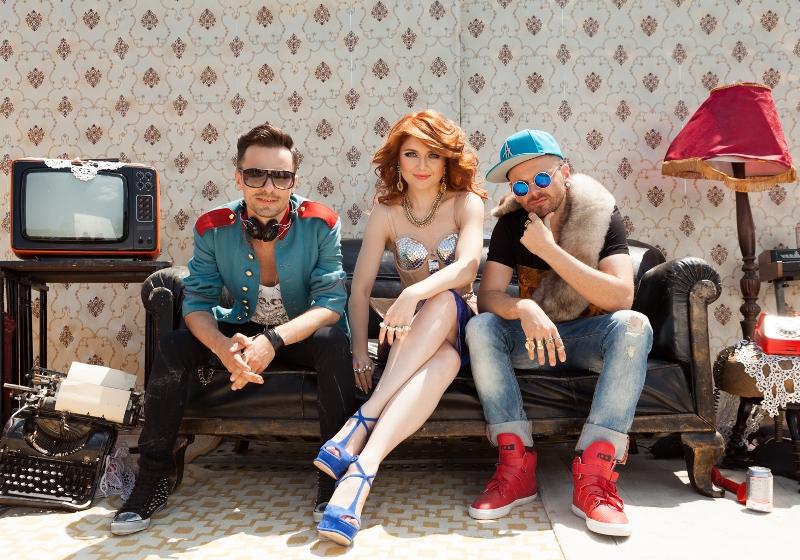 Crush & Alexandra Ungureanu în timpul filmărilor noului videoclip -